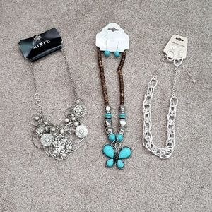 Necklace Lot